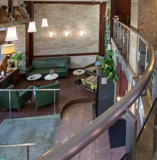 Cafetería Faustino Zaragoza. Terraza en Plaza San Francisco